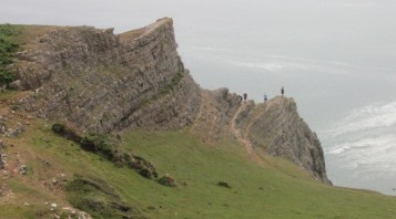 people-on-cliff-edge