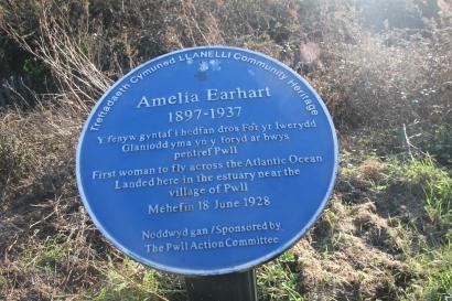 Amelia Erhart plaque